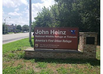 Philadelphia hiking trail John Heinz National Wildlife Refuge at Tinicum
