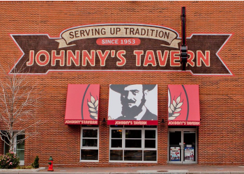 Kansas City sports bar Johnny's Tavern