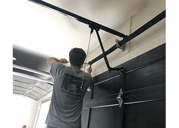 3 Best Garage Door Repair In Tucson Az Threebestrated