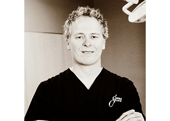 Oklahoma City plastic surgeon Jones Justin M, MD