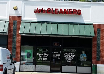 Newport News dry cleaner Jo's Cleaners