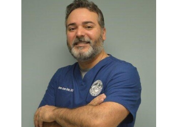 Fort Lauderdale pain management doctor Jose Juan Diaz, DO