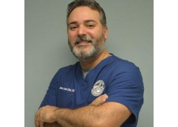 Fort Lauderdale pain management doctor Jose Juan Diaz, DO - INTEGRATIVE SPINE AND SPORTS