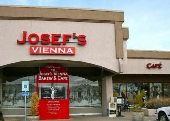 Reno bakery Josef's Vienna Bakery Cafe & Restaurant