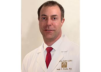 Baton Rouge orthopedic Joseph E Broyles, MD