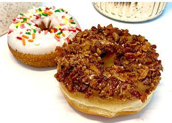 Plano donut shop J's Donuts