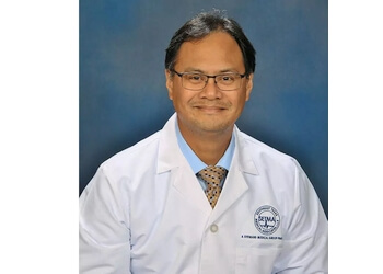 Beaumont neurologist Julius Deiparine, MD