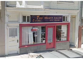 San Francisco beauty salon Jun's Beauty Salon