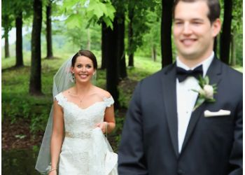 Pittsburgh videographer Just Hitched Wedding Films