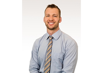 Rochester physical therapist Justin Farnsworth PT, DPT, SCS, CSCS, ART, SFMA, CAFS, FDN