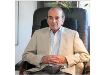 Berkeley psychiatrist Justin Simon, MD