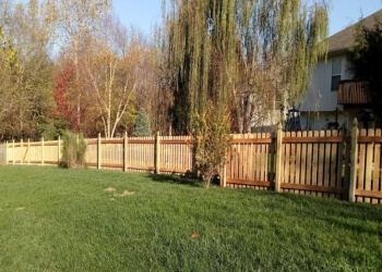 Kansas City fencing contractor KC Fence Company