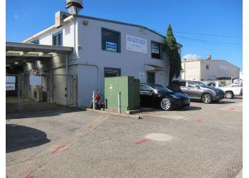 Honolulu auto body shop K.W. Auto Body LLC