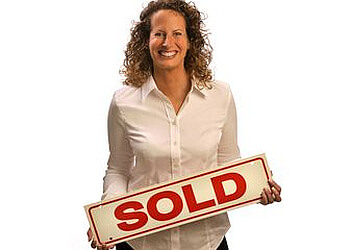 Aurora real estate agent Kathy Brothers