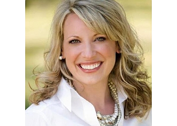 Kansas City dentist Kelly McCracken, DDS