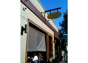 Portland pizza place Ken's Artisan Pizza
