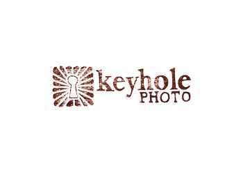 Mobile wedding photographer Keyhole Photo