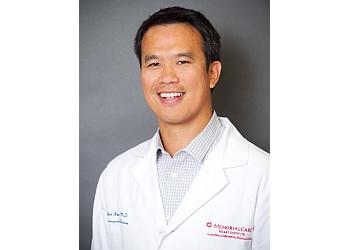 Long Beach cardiologist Khiet C. Hoang, MD