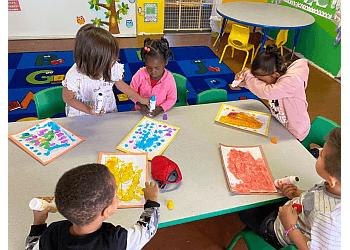 Palmdale preschool Kids N Colors Daycare