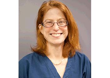 Arlington gynecologist Kimberly Udell, MD