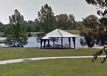 Overland Park public park Kingston Lake Park