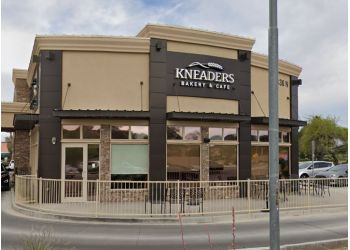 Glendale cafe Kneaders Bakery & Cafe