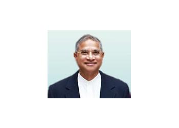 Tempe endocrinologist Krishna M. Pinnamaneni, MD, MBA, MHSA, FRCP(c), FACP, FACE