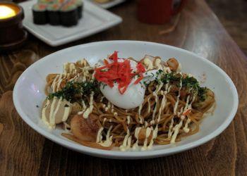 Minneapolis japanese restaurant Kyatchi