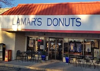Aurora donut shop LAMAR'S DONUTS