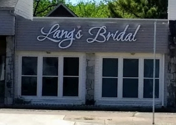 Arlington bridal shop LANG'S BRIDAL
