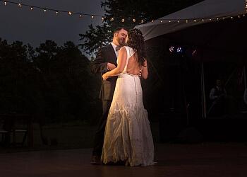 Athens wedding photographer L + A Photography