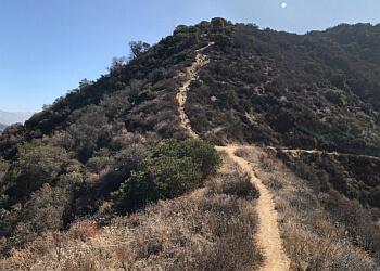Burbank hiking trail LA TUNA CANYON PARK
