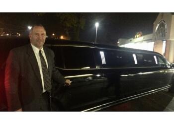 Rockford limo service LAVISH LIMO SERVICE, LLC