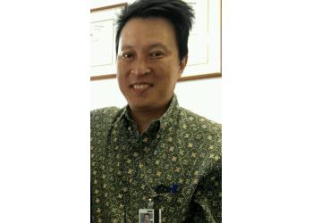 Honolulu neurosurgeon LEON LIEM, MD