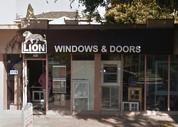 Los Angeles window company Lion Windows & Doors