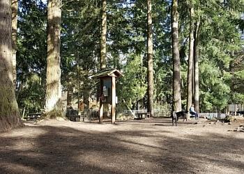 Everett hiking trail LOGANBERRY LANE PARK