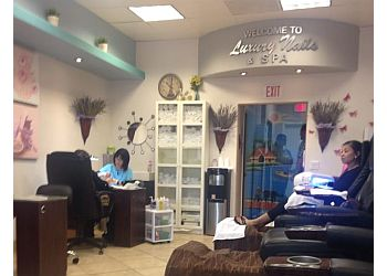 Escondido nail salon LUXURY NAILS