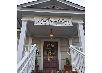 Richmond spa La Bella Dona Spa & Salon