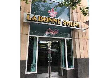 Sacramento french restaurant La Bonne Soupe Cafe