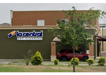 Laredo dry cleaner La Central Dry Cleaning