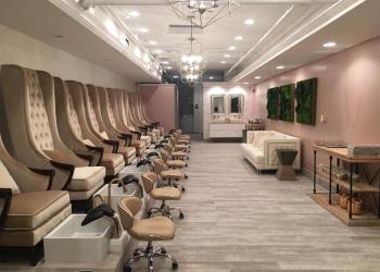 Charlotte nail salon La Pure Organic Nail Boutique