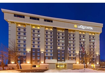 La Quinta Inn Suites