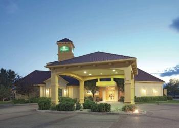Pueblo hotel La Quinta Inn & Suites by Wyndham