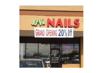 LaVie Nails and Spa Aurora Nail Salons