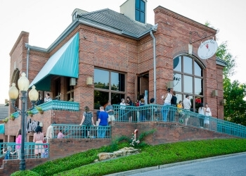 16 Great Places to Eat or Drink in Montgomery Alabama