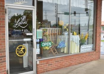 Joliet florist Labo's Flowers & Gifts
