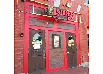 Providence sports bar Ladder 133 Sports Bar & Grill
