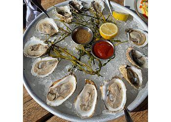 Oakland seafood restaurant Lake Chalet