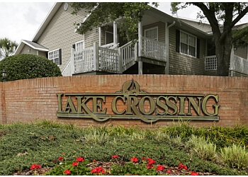 Gainesville apartments for rent Lake Crossing
