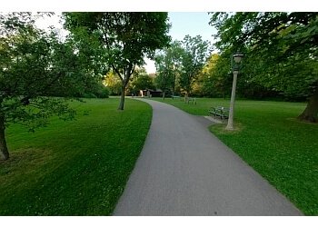 Milwaukee public park Lake Park